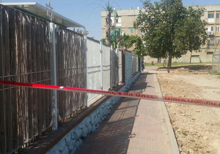 זירת הרצח בקרית מלאכי. צילום: דוברות המשטרה