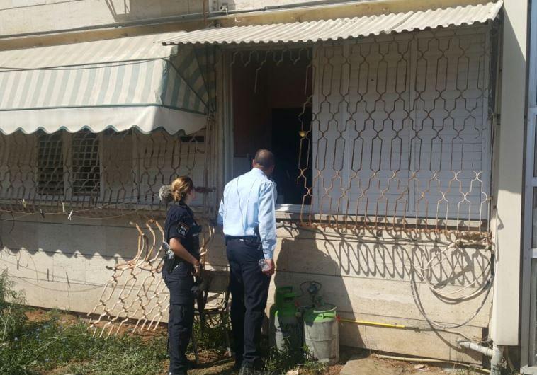 הדירה אליה נמלט החשוד ברצח בקרית מלאכי. צילום: דוברות המשטרה