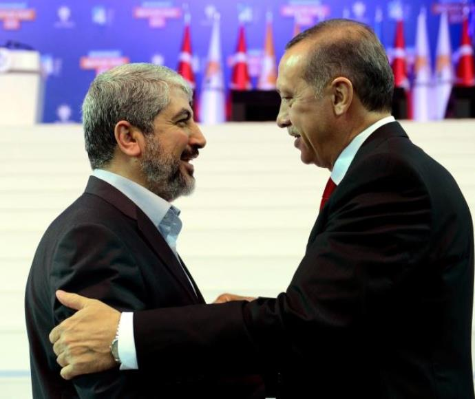 נשיא טורקיה רג'פ טאיפ ארדואן ובכיר חמאס חאלד משעל