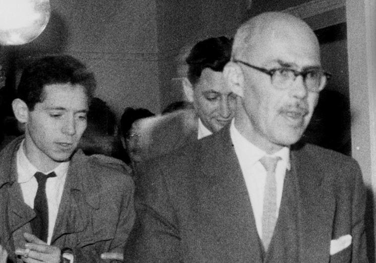 """ישראל בר בבית המשפט, 1962. צילום: עיתון """"במחנה"""""""