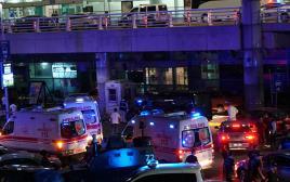 נמל התעופה אטאטורק באיסטנבול, פיגוע בנמל התעופה באיסטנבול