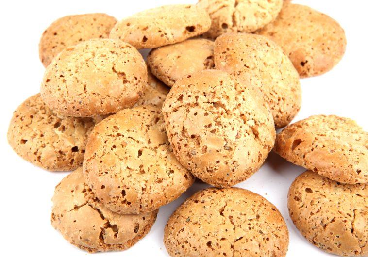עוגיות שקדים - ארכיון