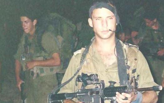 נפתלי בנט במלחמת לבנון השנייה (צילום: באדיבות המצולם)