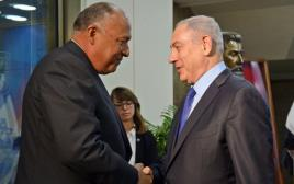 """רה""""מ נתניהו ושר החוץ המצרי סאמח שוקרי"""