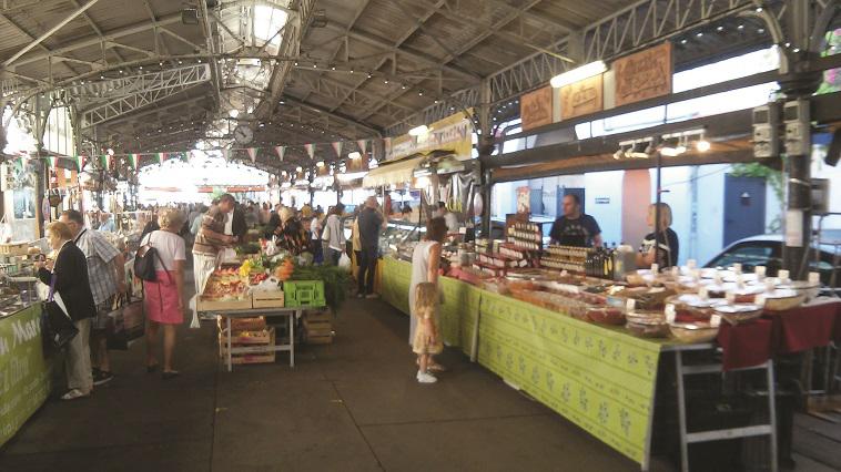 השוק המקורה, צילום: מאיר בלייך
