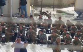 חיילים שנשבו לאחר ניסיון ההפיכה בטורקיה