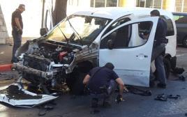 פיצוץ ברכב בירושלים