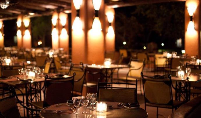 ארוחה רומנטית , מסעדה