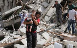 תושבי חאלב לאחר מתקפה אווירית