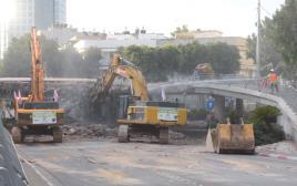 העבודות להריסת כיכר דיזנגוף