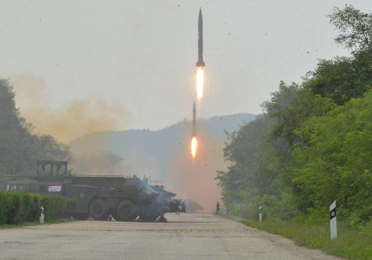 טיל בליסטי ששיגרה צפון קוריאה, ארכיון. צילום: רויטרס