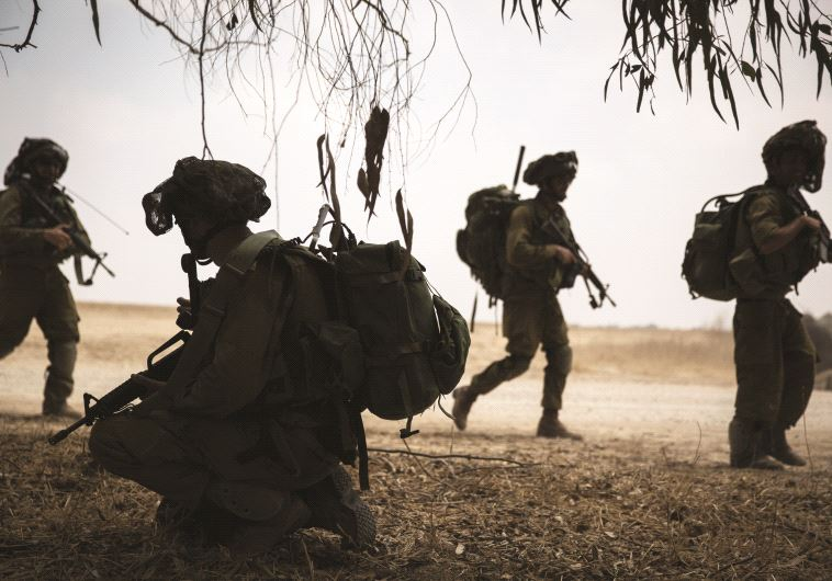 "חיילי הנח""ל בעזה, צוק איתן. צילום: הדס פרוש, פלאש 90"