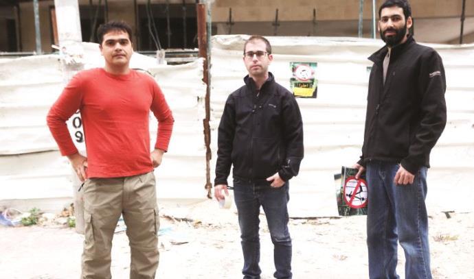 אמיר דלומי (מימין), איזי כרמון וסרגיי אלימוב