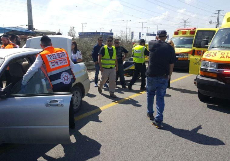 תאונה: תאונה קטלנית בכביש 4: שני בני אדם נהרגו בסמוך לגן יבנה