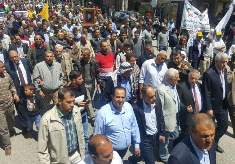 הזדהות עם שביתת הרעב בחודש שעבר. צילום: רשתות ערביות