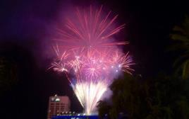זיקוקים בערב יום העצמאות