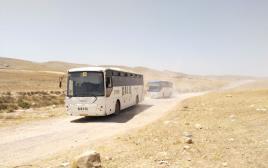 הסעות תלמידים למוסדות החינוך בכפרים הלא מוכרים בנגב בדרכי עפר