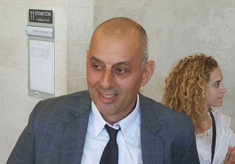 """סנגורם של הנאשמים, עו""""ד אהוד בן יהודה, צילום: אלון חכמן"""