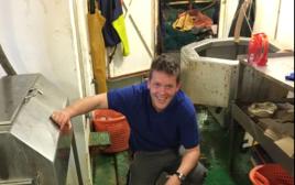 דייגים מאירלנד מצאו דיונון מפלצתי