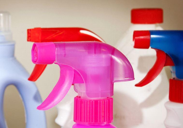 החוקרים ממליצים להימנע משימוש בחומרי ניקיון עד כמה שניתן. צילום: אינגאימג