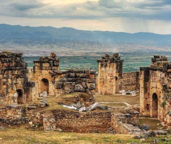 שער הגיהינום בטורקיה
